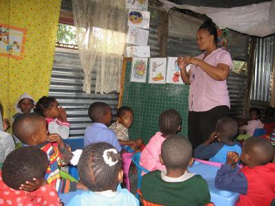Ondersteuning kleuterscholen bij invoeren dagprogramma